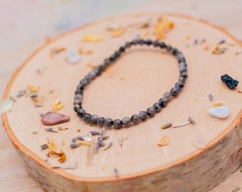 Labradroite Bracelet - Gemstone Stretch Bracelet  - Gemstone Bracelet