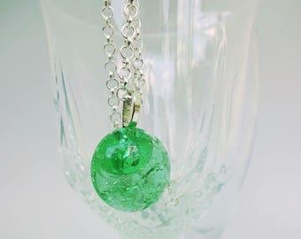 green druzy necklace,silver boho necklace,round druzy necklace,silver layering necklace,green pendant,green jewellery,glass pendant,