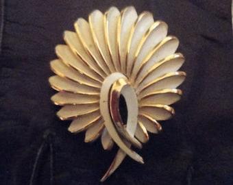 Crown Trifari White and Gold Enamel Flower Brooch**