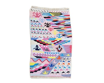 "71""X43"" Handwoven moroccan kilim rug, boucherouite rug, handmade rug, geometric pattern, colorful rug, chic ethnic, moroccan decor"