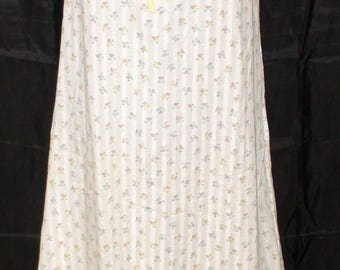 Lovely 60's Tommie's Brand Nightgown! Small! Floral!