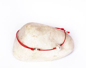 Red string bracelet, Pearl bracelet, Kabbalah bracelet, Bridesmaids bracelet, Amulet bracelet, Protection bracelet, Friendship Bracelet