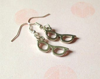 Glasses Earrings Hipster  Bookworm jewelry, Book lover earrings,  geeky earrings, funky earrings, luna lovegood, little earrings
