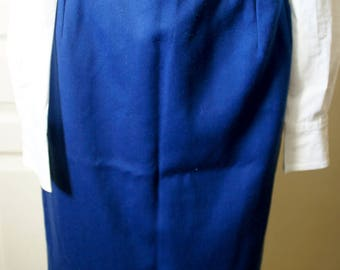 Royal Blue skirt right vintage. 1940s style