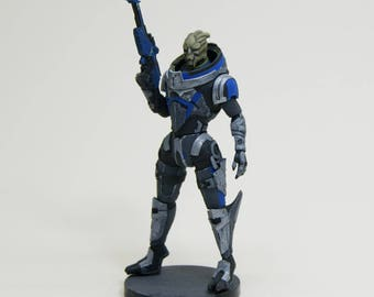Garrus Mass Effect collection figure resin kit - Gift for GAMER