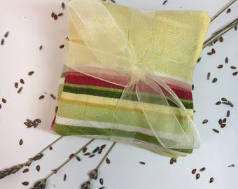 LAVENDER SACHET~Set Of Three~Organic Lavender & Flax Sachet~DESIGNER fabric~Bridemaids~Shower~Sachet~Scented Sachet~Drawer Fresheners