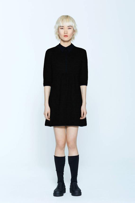 WHITE RUSSIAN - skater, flared dress with 3/4 sleeves et velvet flat collar - black