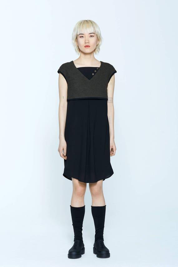 GOLDEN DREAM - fluid and tailored sleeveless dress for womens - khaki green