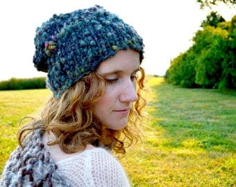 Perfect Slouch Hat Pattern ~ Beginner knitting Pattern for chunky, bulky yarns