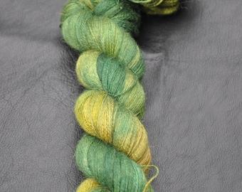 Bijou 2 ply lace - Lazy green