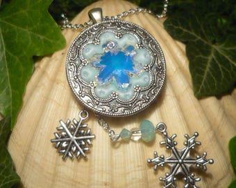 Frozen Heart - handmade Necklace - Disney's Frozen Snowqueen Elsa