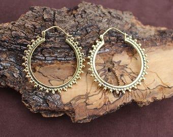 Big Hoop Earrings, Tribal Jewellery, Ethnic Earrings, Dotted Earrings, Boho Hoop Earrings, Brass Earrings, Boucles d'oreille Laiton