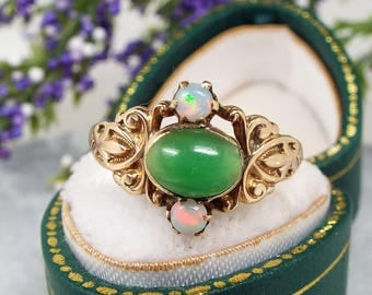Antique Victorian Art Nouveau 14ct Gold Jadeite Jade and Opal Ring / Size O 1/2