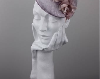 Elegant and dramatic small hat suitable for Ascot, Dubai World Cup, The Curragh, Cheltenham Races,Melbourne Cup, wedding guest