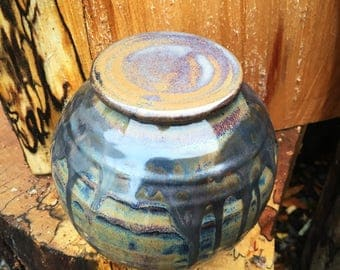 Lidded stoneware ceramic pottery jar container in heather