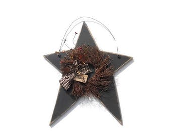 Country Home Decor, Star and Wreath, Primitive Star, Angel Vine Wreath, Homespun Bow, Tea Stain Family Tag, 17 X 12, Made in the USA