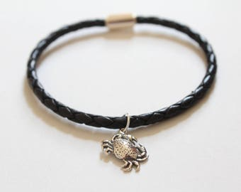 Leather Bracelet with Sterling Silver Crab Charm, Crab Charm Bracelet, Ocean Crab Bracelet, Beach Crab Bracelet, Crab Bracelet, Crab