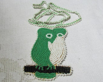Vintage seed  beaded Native American owl pendant necklace route 66 souvenir