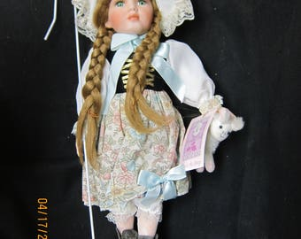Collectible Memories 16 Inch Little Bo Peep Doll
