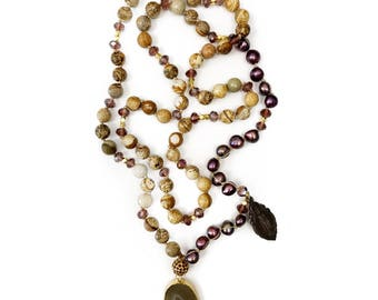 maroon pearl x gold agate necklace