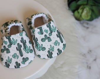 Cactus Baby Shoe//Desert Baby Shoe, Green Baby Shoe, Cactus baby Shoes, Cactus Baby, Baby Boy Shoes, Baby Girl Shoe, Baby Shoe, Baby Booties