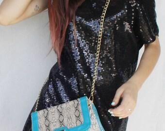 Shoulder bag Womens handbag Crossbody bag Vegan leather snake skin Shoulder clutch Turquise brown bag Gold chain Clutch with chain strap