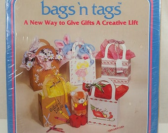 Bags N Tags Gift Bags to Decorate Vintage 1984 Plaid Package of 6 Brown 3 Sizes