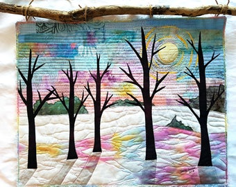 Winter Sunset Art Quilt / Fiber Art / Thoughtful Gift / Winter Wall Art / Quilted Wall hanging / Contemporary Quilts / Landscape Art / Quilt