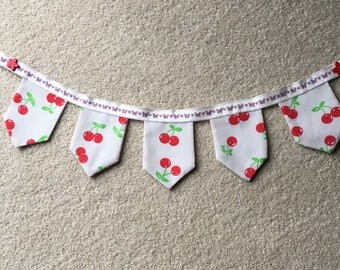 Mini cherry hanging garland