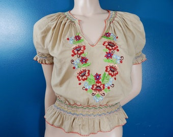 Vintage Embroidered Hungarian Blouse | Peasant | Folk