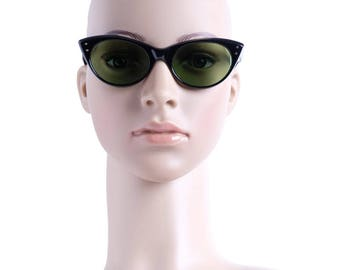 Sunglasses OCCHIALERIA Cat eyes of 60 Authentic Stock new of time(period)