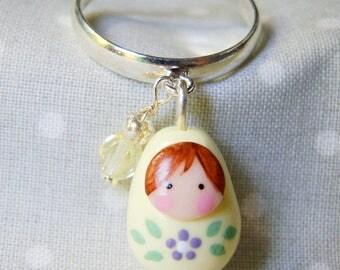 "Russian doll charm ring ""little flower"""