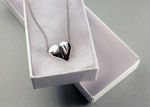 Avon Heart Necklace, Silver Tone, 18 Inch Chain, Heart Pendant, Spring Ring Closure, Sculptured Heart, Costume Jewelry, Fashion Jewelry