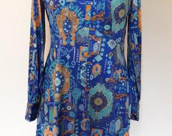 Vintage dress 70s slinky floral jersey with v neck midi length tea dress size medium