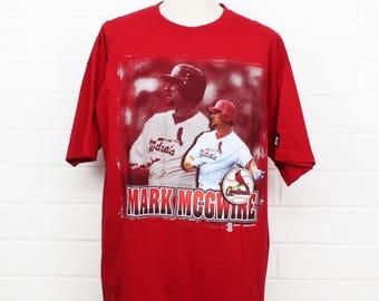 Vintage 1990s Mark McGwire Saint Louis Cardinals MLB Baseball 1997 Starter Red XL Dead Stock NWT T-Shirt