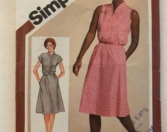 Simplicity 9905 - 1980s Blouson Bodice Dress with Funnel Neckline and Slightly Flared Knee Length Skirt - Size 10 Bust 32.5