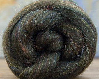Merino Wool/Nylon Combed Top/Roving by the ounce - Moss Agate Sparkle