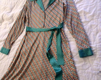 Penguin Munsingwear Vintage Dress, Button Front, Silk with touch of Lycra, Chevron Design, Bust 36, waist 30, Day Dress