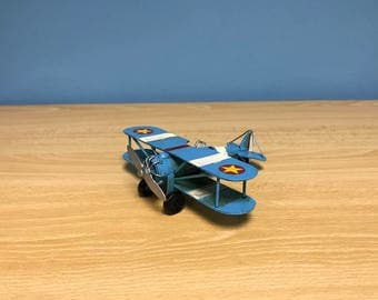 Vintage decorative collectible metal airplane miniature,retro bi-plane model,airplane decor,airplane miniature,available in 2 colors