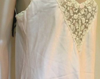 Vintage pink nightgown with lace trim. Size M/L