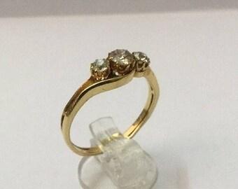 18ct Gold & 1/2ct Diamond Ring - Hallmarked - Size 8 (UK Q)