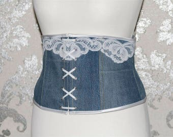 Romantic light jeans corset with white lace