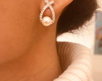 Bow earrings in 925 Silver with Pearl and CZ / Pearl Earrings / silver Stud Earrings