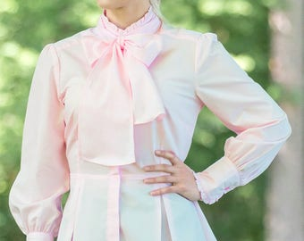 Victorian Blouse in Primrose Pink