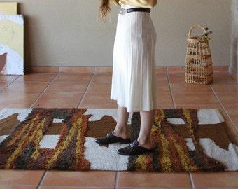 Vintage Wool Cream Midi Skirt