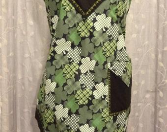 Lucky shamrock women's full apron - artist's smock - gift for her - hostess apron