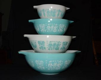 PYREX, Amish Butterprint, Set of 4, Butterprint, Turquoise, Cinderella, Nesting bowls, 441, 442, 443, 444, Vintage Pyrex Mixing Bowls, 1950s