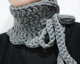 Crochet cowl, crochet neck warmer, wool neck warmer, wool cowl, chunky wool neck warmer, gray neck warmer, crochet neck piece, neck corset
