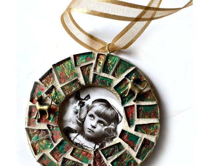 Mosaic Cat Frame Ornament, Green Gold Mosaic Frame Ornament, Mosaic Frame Ornament, Mosaic Photo Frame Ornament, Mosaic Frame, Hanging Frame