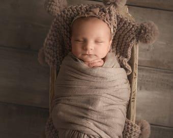 Newborn Photo Prop, Newborn Blanket Prop, Pom Pom Blanket Baby, Newborn Posing Blanket, Newborn Photo Prop Blanket, Chunky Knit Blanket Baby